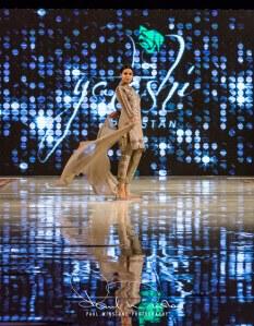 Yatashi Catwalk Show At Pakistan Fashion Week 2017 (5)