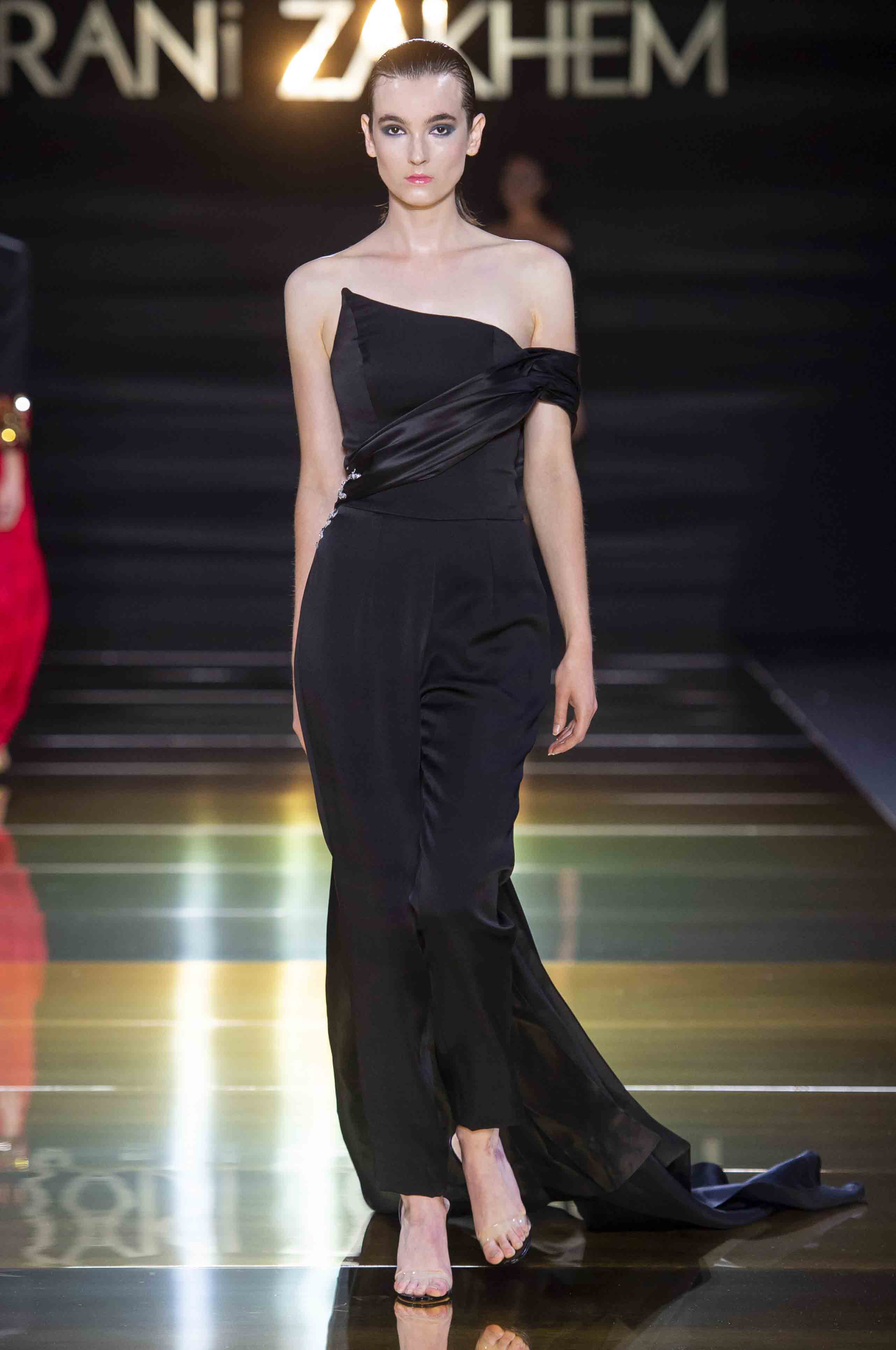 Rani zakhem couture collection automne hiver fall winter 2018 2019 pfw © imaxtree (26)