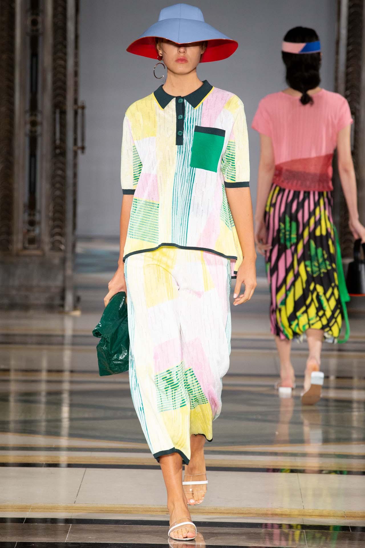 Fashion scout merit award winner i am chen (14)