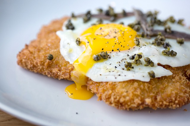 Veal holstein; hen egg, lillput capers