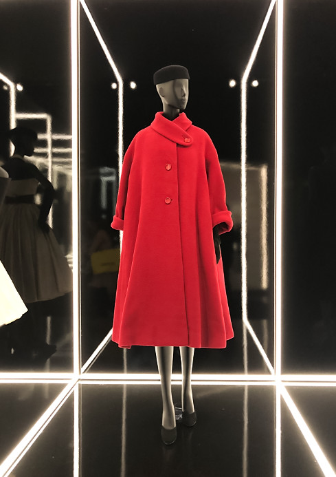 Christian dior exhibition 2019 uk (3)