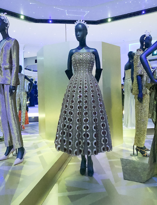 Christian dior exhibition 2019 uk (6)