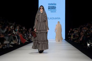 Barli asmara at istanbul modest fashion week 2019 day 1