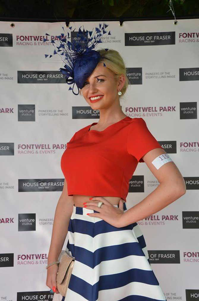 Amy hart at fontwell park in her winning outfit for best dressed 2016
