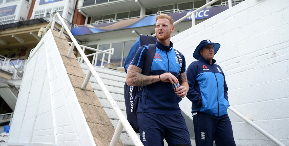 Trevor bayliss and ben stokes on the stairs at the oval copyright ecb
