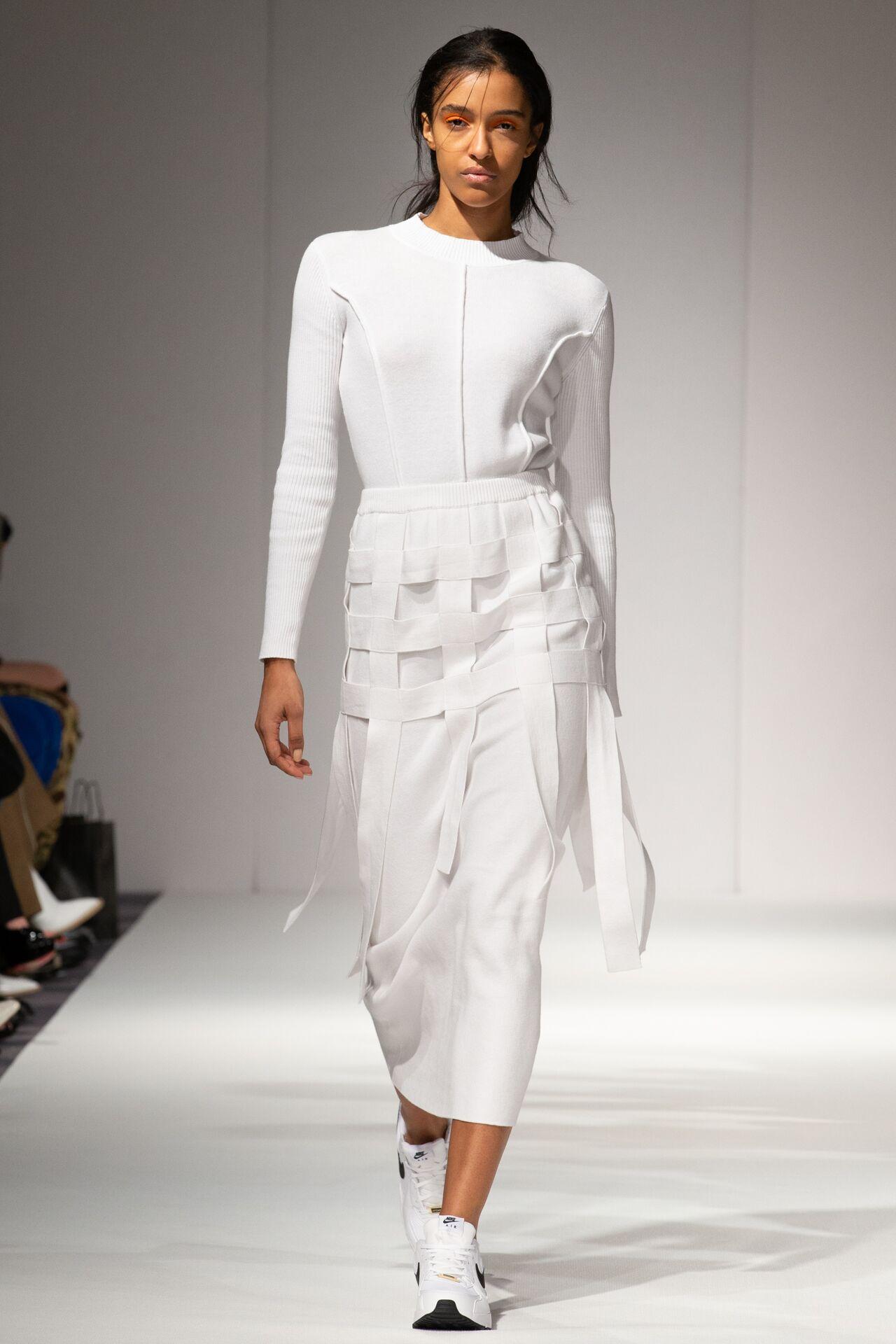 Apujan aw20 show during london fashion week (8)