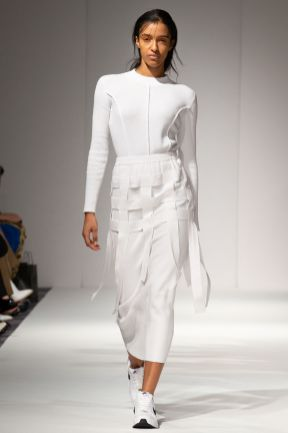 Apujan aw20 show during london fashion week (8)