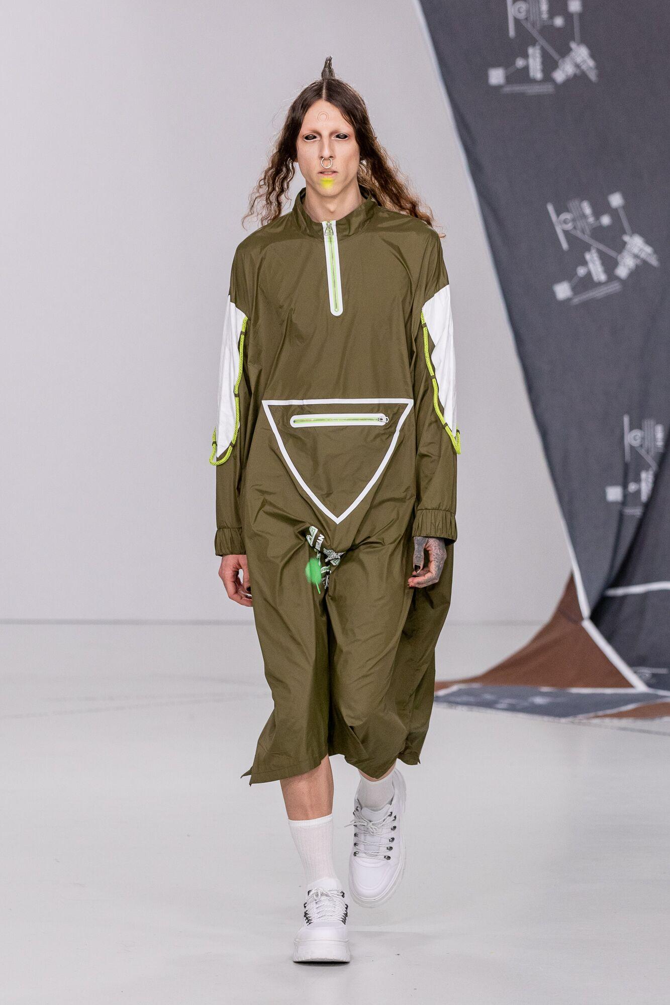 Db berdan aw20 during london fashion week (1)