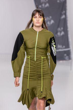 Db berdan aw20 during london fashion week (4)