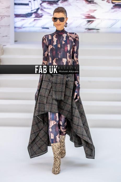 Paul costelloe aw20 show during london fashion week (2)