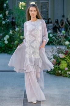 Jiri kalfar ss21 at mercedes benz prague fashion week (8)