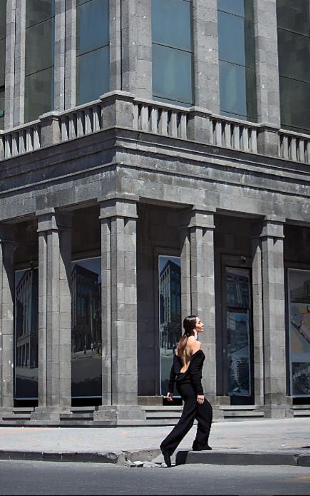 Loom weaving ss21 virtual show during london fashion week (5)
