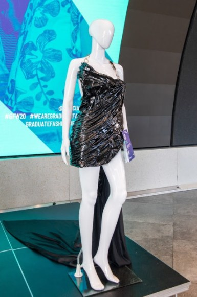 Samsung kx heroing fashion of the future at london's hub of innovation (3)