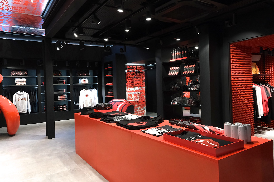 The rolling stones open 'world exclusive' flagship store in london on carnaby street (3)