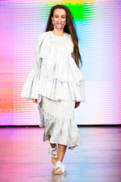 O5o designed by maria savvina show at mercedes benz fashion week russia 2020 (10)