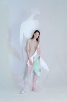 Ónoma by sandra gutsati and inna bodrova show at mercedes benz fashion week russia (1)