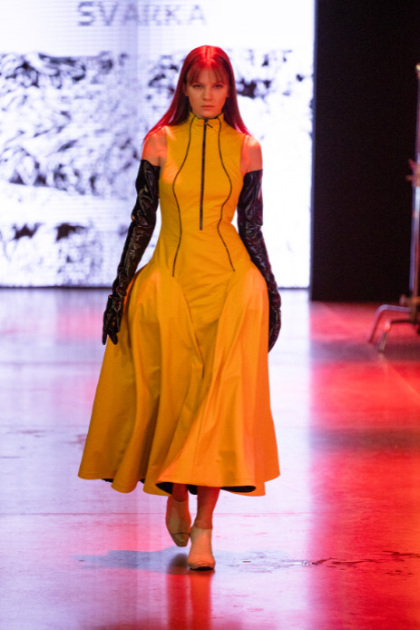 Svarka designed by tatiana glebova and leila nasrutinova show at mercedes benz fashion week russia (2)
