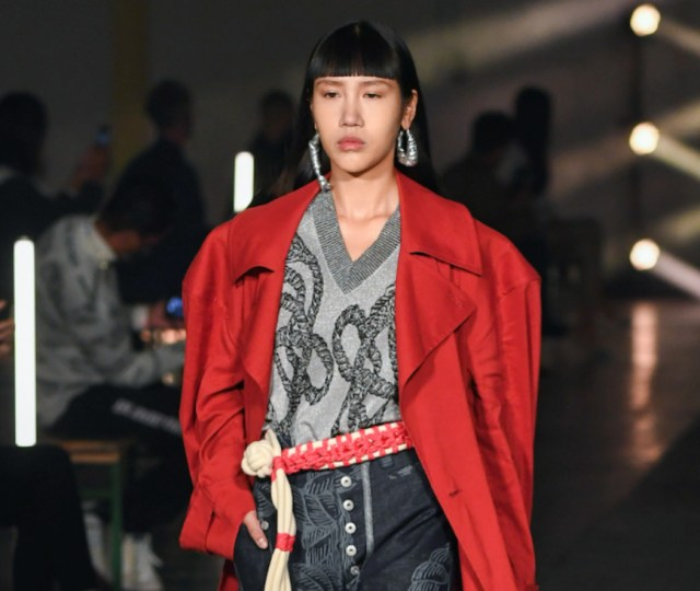London fashion week february 2021 announces provisional schedule