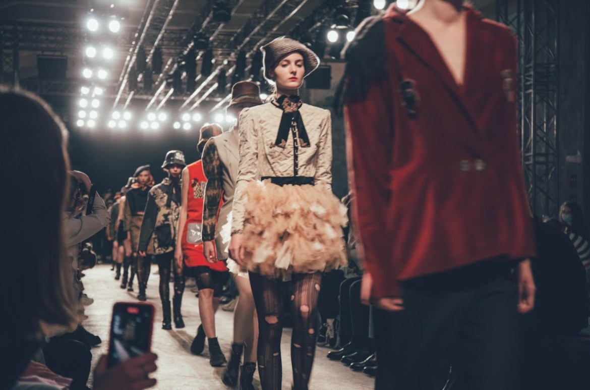 Mercedes benz fashion week russia has finished in moscow (1)