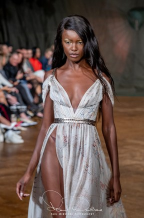 Aadnevik springsummer 2021 during london fashion week (9)