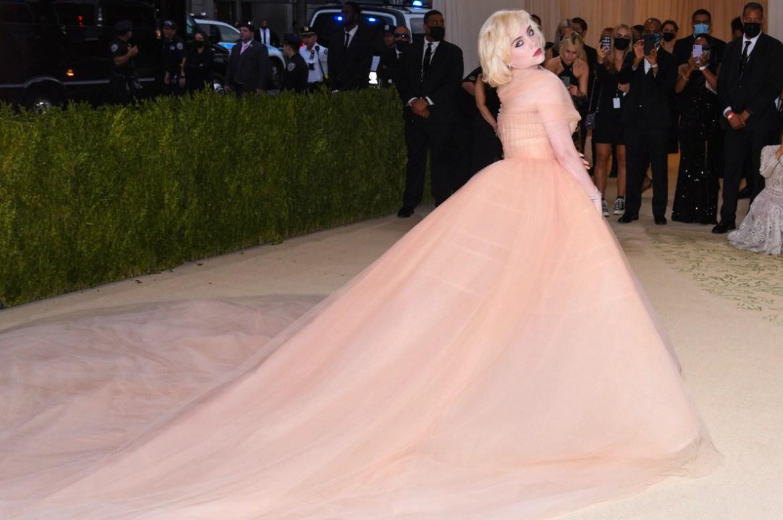 Billie eilish wears most expensive bling at met gala, expert reveals