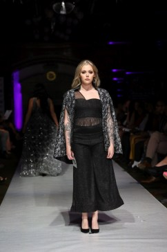 Vz perfection by vaishali during lfw ss22 (4)