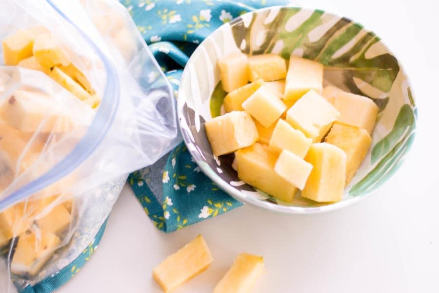 How to freeze fresh pineapple
