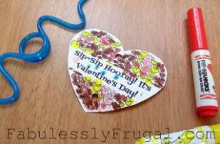 straw valentine heart colored