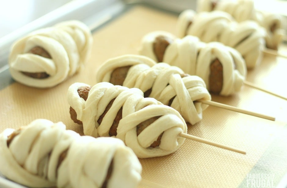 Pillsbury meatball mummies