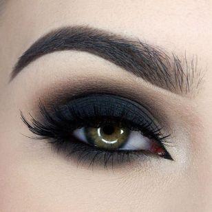 Smokey Black Eyes | Fabulous Flow Of Fashion