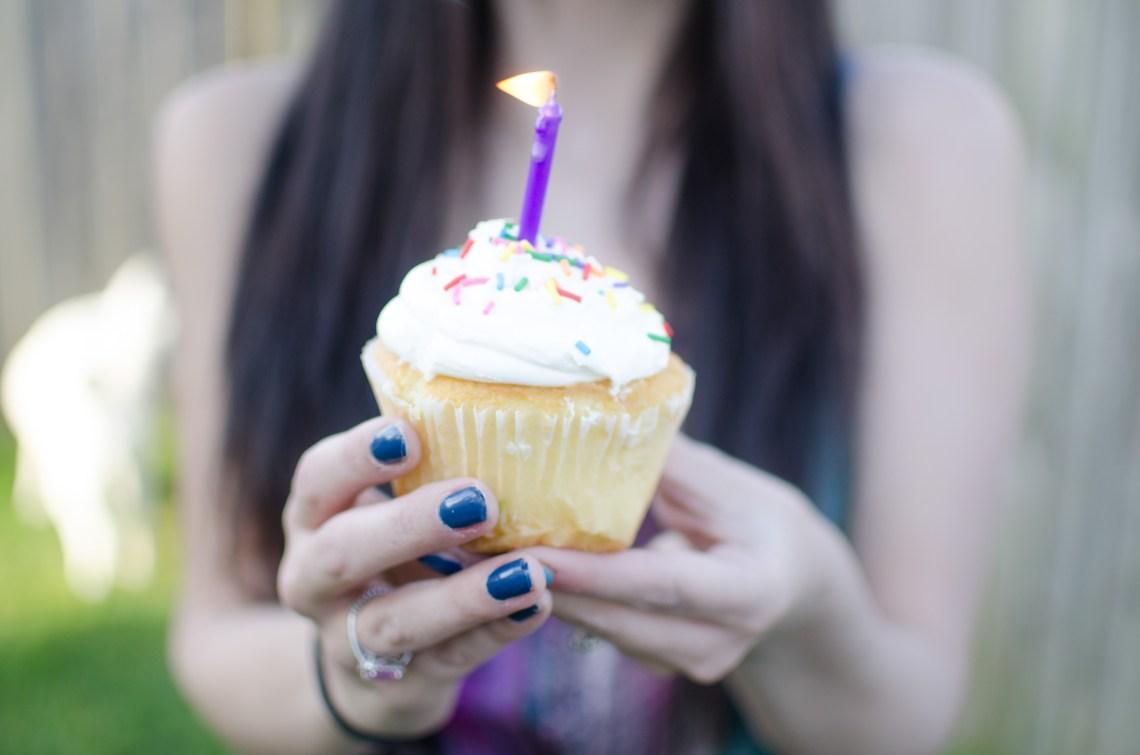 fabulous in fayette cupcake