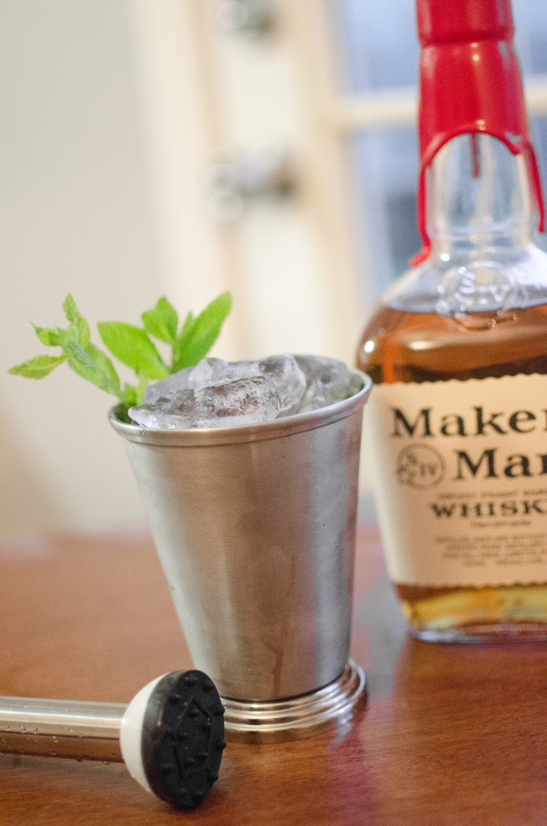 #ad Msg 4 21+ Now it's time for me to show you how to make the quintessential drink of The Big Race - the Mint Julep goes hand in hand with horse racing. You can't have one without the other. The Mint Julep originated in the United States in the eighteenth century, but it has been the traditional beverage of The Big Race for nearly a century. #bourbon #cocktail #recipe