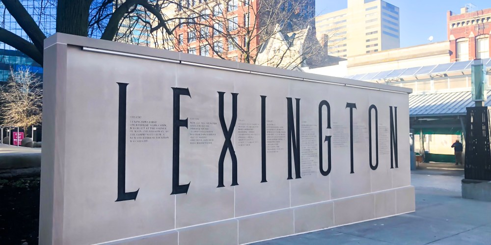 I'm Whitney, and I'm the founder of Fabulous in Fayette, which is a blog that celebrates the fabulous city of Lexington, the great state of Kentucky, and Southern living. #sharethelex #visitlex #lexingtonky #lexingtonkentucky #kentucky #travelky #betterinthebluegrass