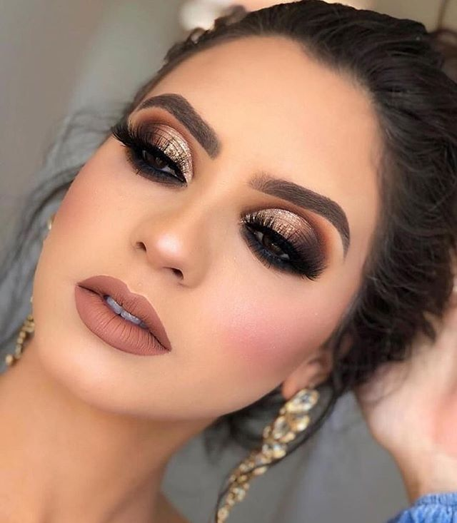 42 Stunning natural makeup ideas that you should try, best makeup looks, natural makeup looks for wedding, natural makeup looks for brown skin, best makeup looks 2019, makeup looks 2019, best makeup looks 2019, celebrity makeup looks 2019, natural makeup looks, best makeup looks for brown eyes, best wedding makeup ideas