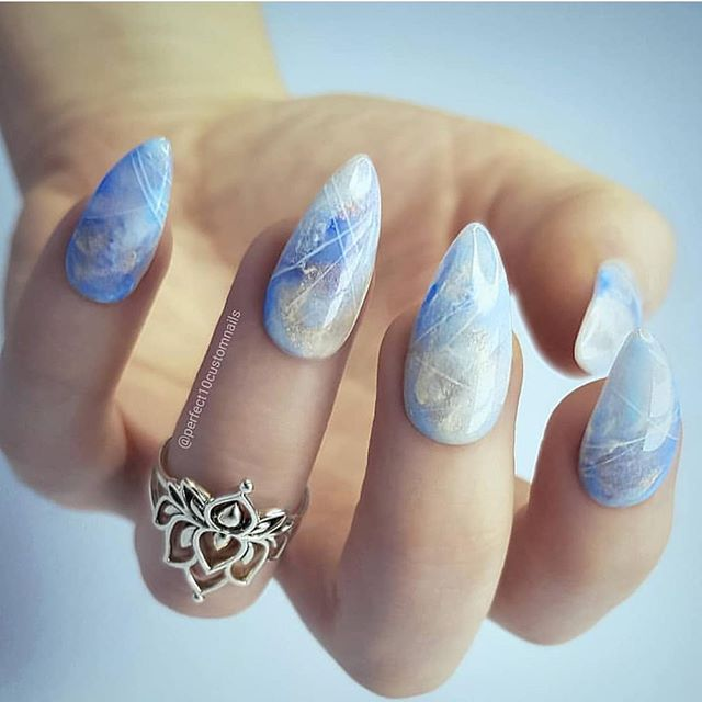 34 super pretty marble nail art designs, mix and match nail designs, marble nail designs, mix and match nail colors, mix and match acrylic nails, nail designs, mismatched marble nails, mismatched nails #marblenails #nailart #naildesigns