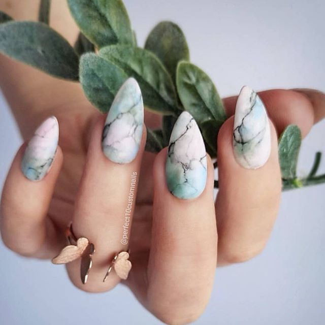 pretty marble nail designs #naildesigns #marblenails