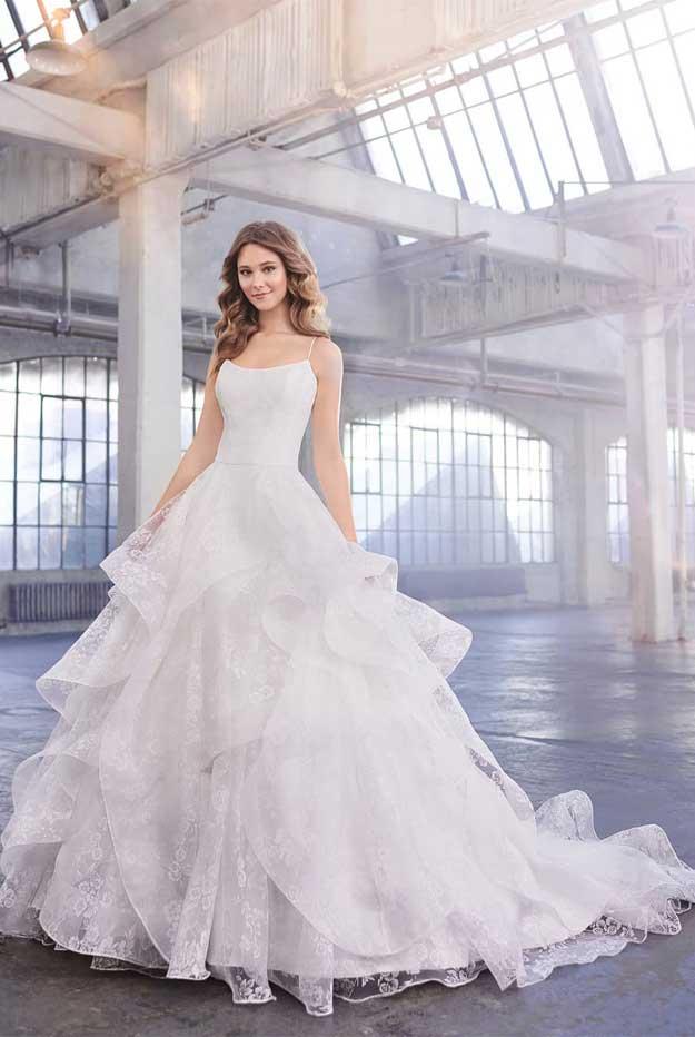 unique wedding dresses, designer wedding dresses, boho wedding dresses, beach wedding dresses 2020, wedding dresses, berta wedding dresses