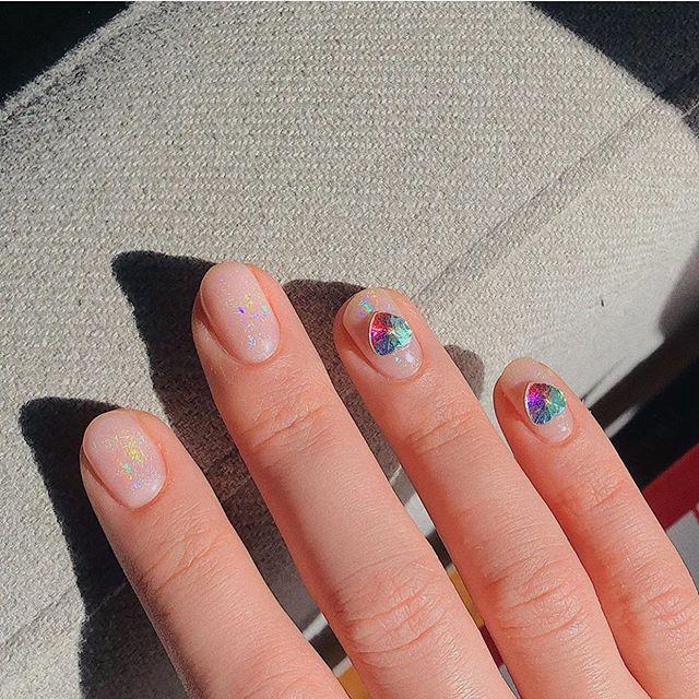 100 spring nail art ideas 2020, creative nail art designs, painted nail art ideas, best spring nails 2020, mismatched nail art designs, spring nail art designs, nail art designs #nailart #springnails