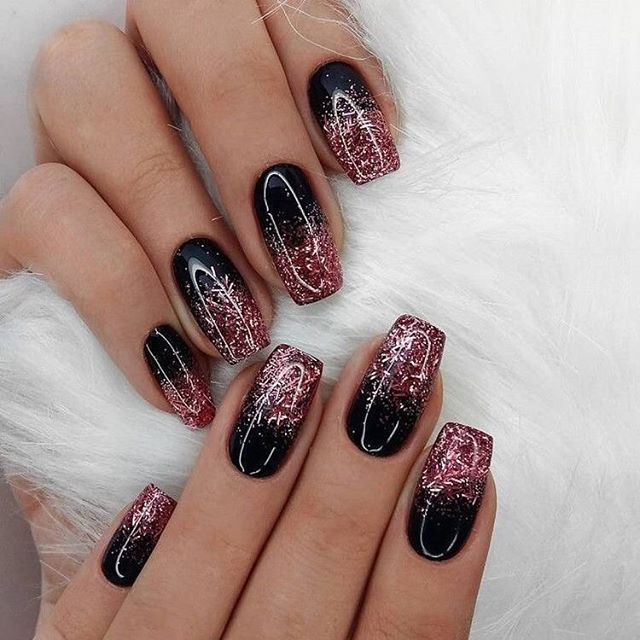 Best nail art designs to try this spring & summer 2020, mismatched nail art designs #nailart #naildesigns short nail art designs, nail art ideas, nail art designs 2020, nail art, short nail ideas, nail colors