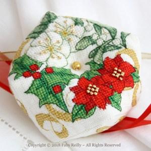 Christmas Wreath Biscornu