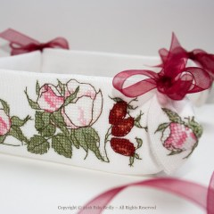 Wild Rose Basket (desk tidy)