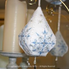 Frosty Pendeloque - Faby Reilly Designs