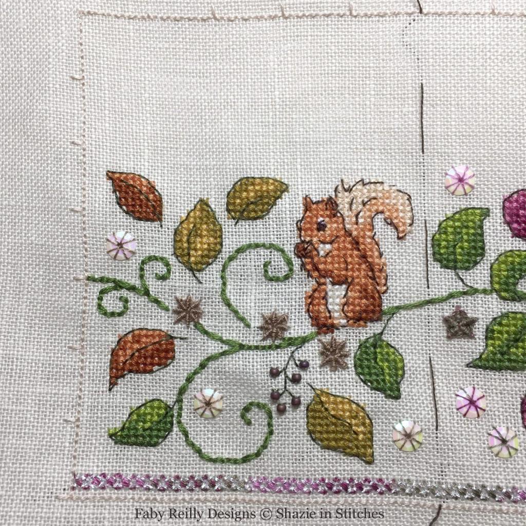 SAL Zoé Partie 4B (Platinum - model stitched by Shazie - www.shazieinstitches.co.uk)