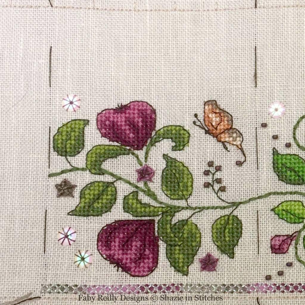 SAL Zoé Partie 3B (Platinum - model stitched by Shazie - www.shazieinstitches.co.uk)
