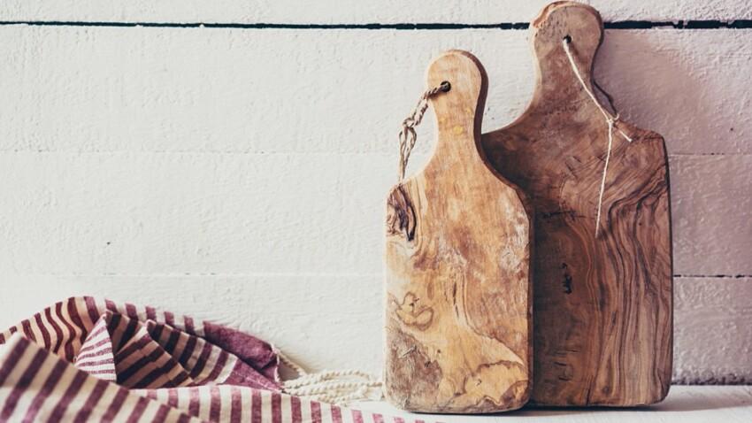 planche a decouper en bois ou en pvc