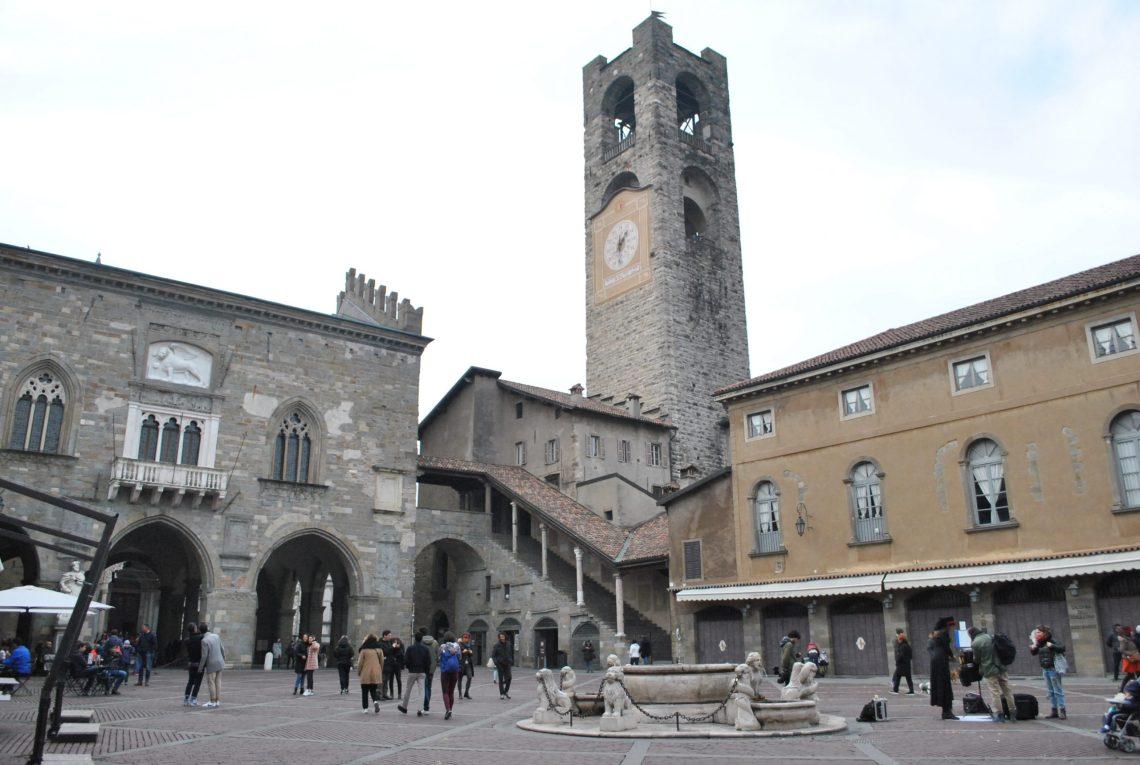 Piazza Vecchia della città alta di Bergamo.