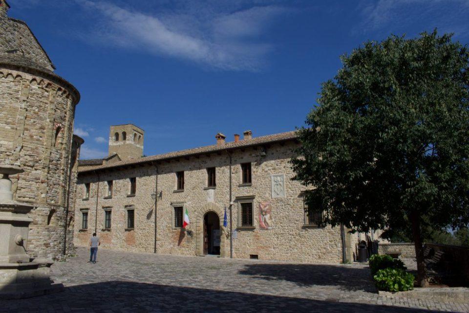 Il Palazzo Mediceo.