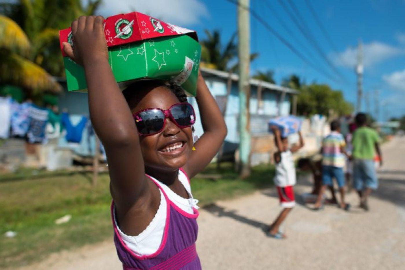 Operation-Christmas-Child-UK, faccio come mi pare, faccio come mi pare blog, dona un regalo a natale, fai beneficienza a natale, regali per bambini a natale, expat blog