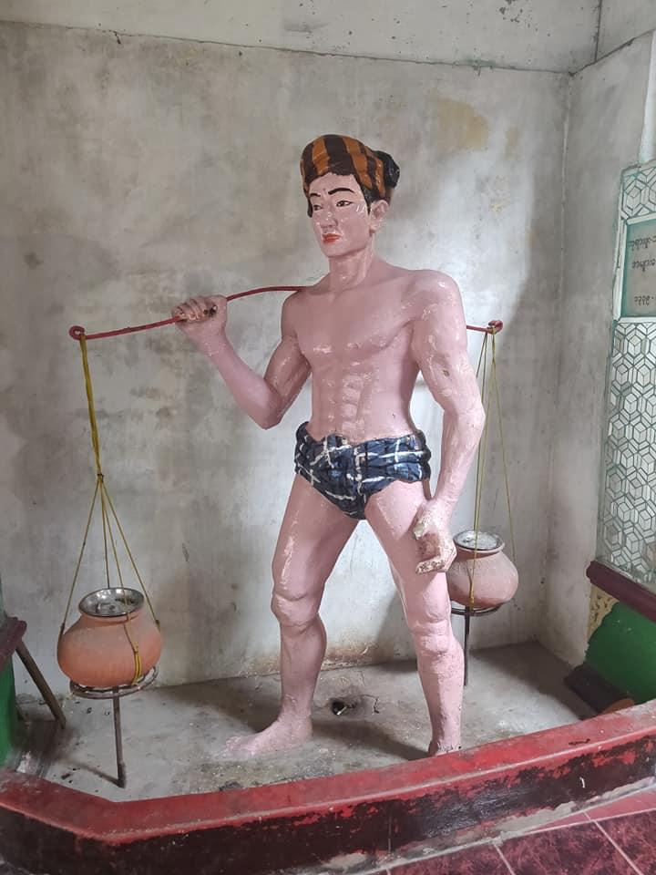 viaggio a yangon, cosa fare in birmania, cosa fare a yangon, mercati di yangon, pagoda di yangon, cosa fare in myanmar, myanmar pericoloso, pagoda myanmar, pagoda yangon, statue myanmar, statue assurde in asia, statue kitch