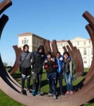 Photo des collégiens au Pharo